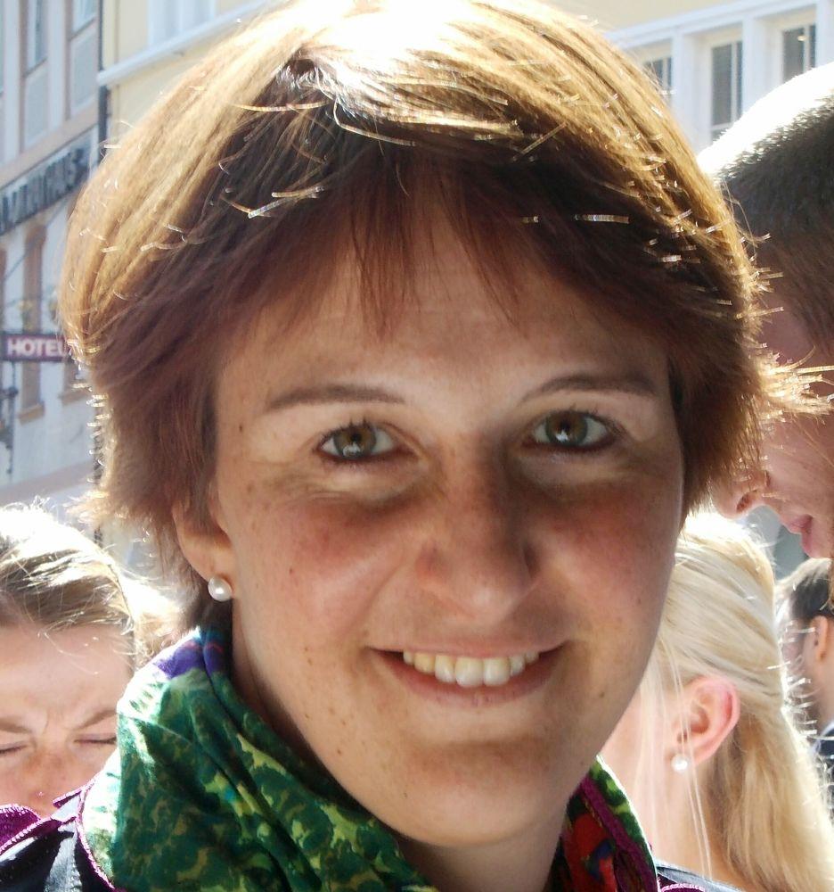 Nikola Sander bio photo